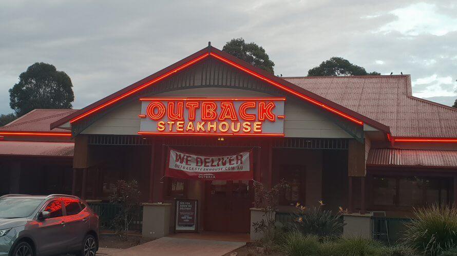 アメリカ発のオーストラリアンレストラン!? Outback Steakhouse