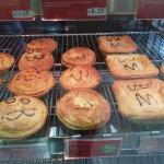かわいい顔のパイ屋さん Pie Face