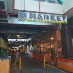 南半球最大の生鮮食品市場 アデレードセントラルマーケット