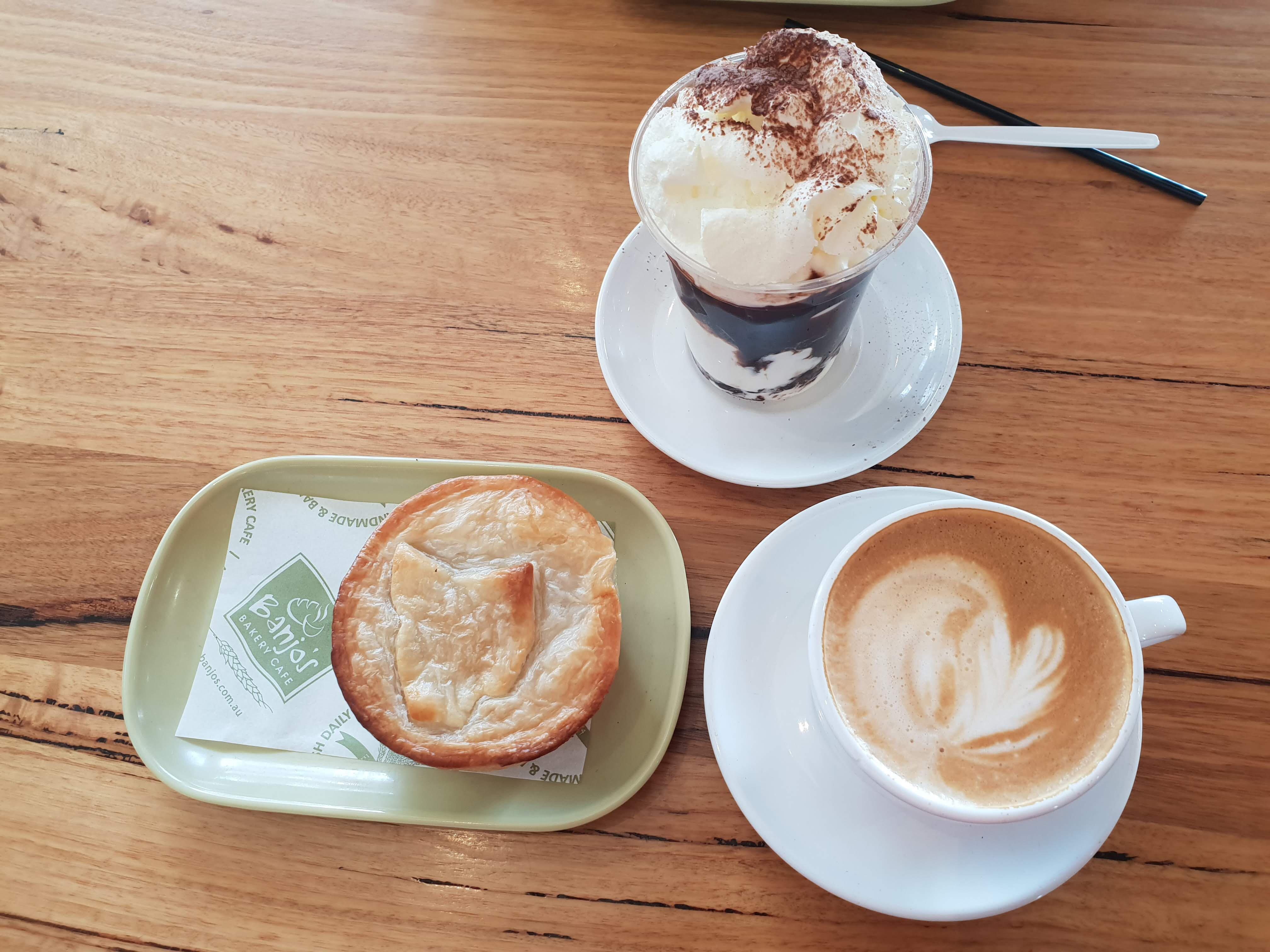タスマニア名物ホタテパイを Banjo's Bakery Cafe で食べよう!