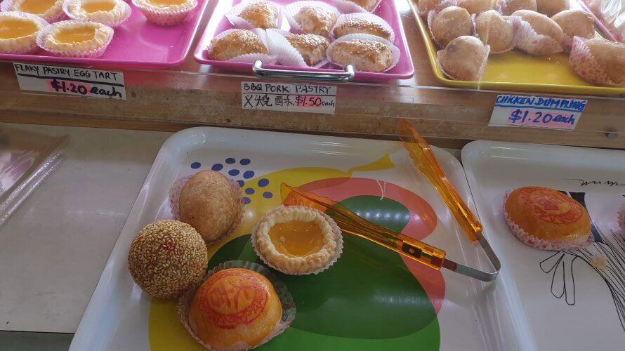 ガブラマッタの一品餅屋 (A-One Cake Shop) というベーカリーが楽しい!