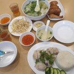 行列の出来るベトナムレストラン Tân Viêt Noodle House