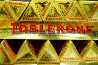 オーストラリアでも人気のスイスチョコ『トブラローネ (Toblerone)』