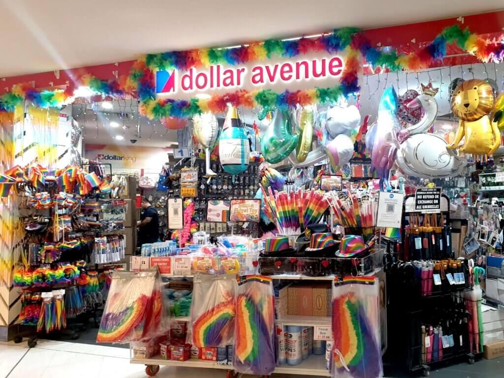 Mardi Gras dollar Avenue