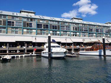 ウルムルーの歴史あるフィンガーワーフ (Finger Wharf) でシドニーを満喫しよう